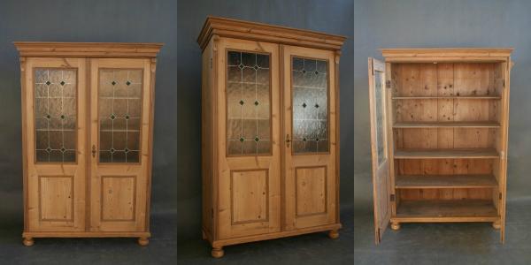 jugendstil-vitrine-original-um-1900-massives-weichholz-hoehe-175-cm-breite-120-cm-tiefe-56-cm