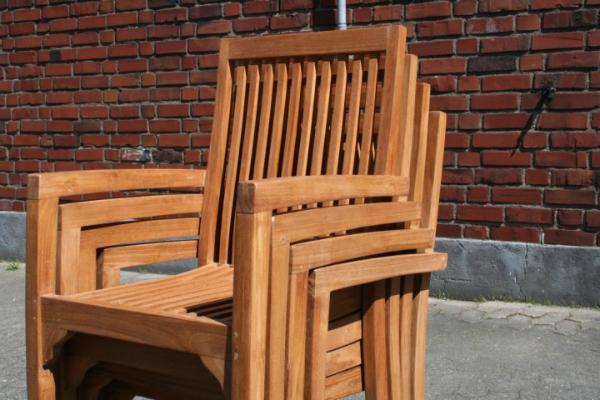 stack-stuhl-teak-massiv-garten-stapelbar