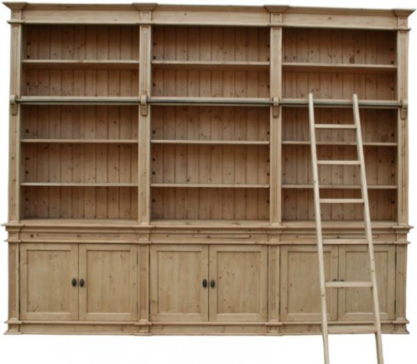 bibliothek-mit-leiter-landhaus-massivholz-kiefer-breite-300-cm