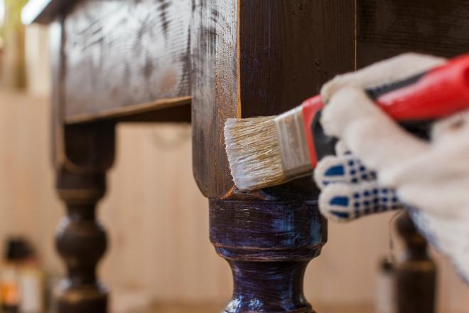 antike m bel lackieren wohnpalast magazin. Black Bedroom Furniture Sets. Home Design Ideas
