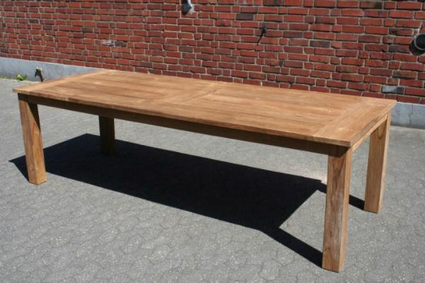 Gartentisch aus Teakholz Laenge 260 cm