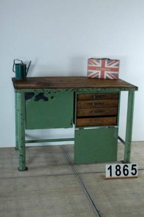 Vintage Industrial Werkbank mit Schubladen