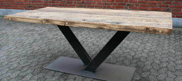 Massivholz Tisch - alte Balken Eiche - verschiedene Variante