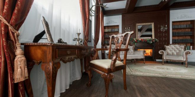 Antike Kleinmöbel aus Holz - Wohnpalast Magazin