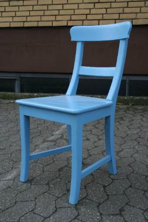 teak-stuhl-blau-lackiert