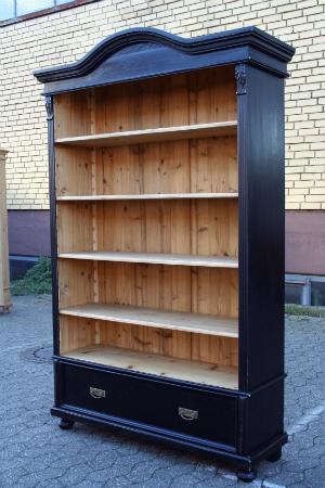 grosses-vintage-regal-schwarz-190