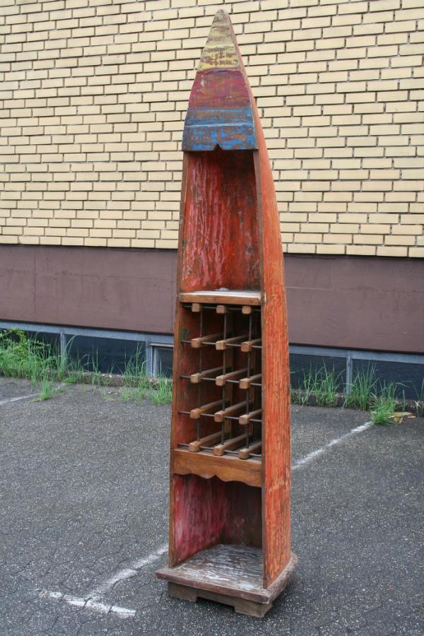 original-recyceltes-fischerboot-aus-bali-rot-weinregal