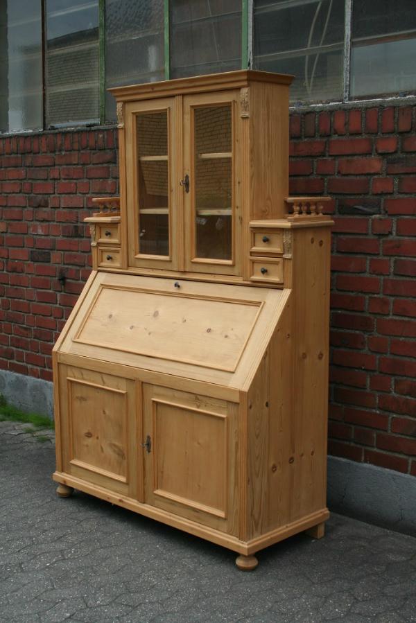jugendstil-sekretaer-weichholz-vitrine
