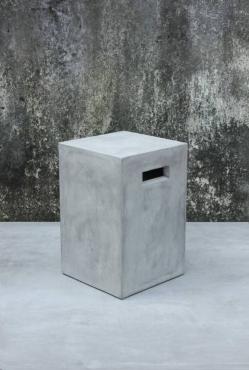 blumensaeule-zement-aus-leichtbeton-38-cm