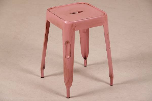 hocker-im-industrie-look-vintage-rosa