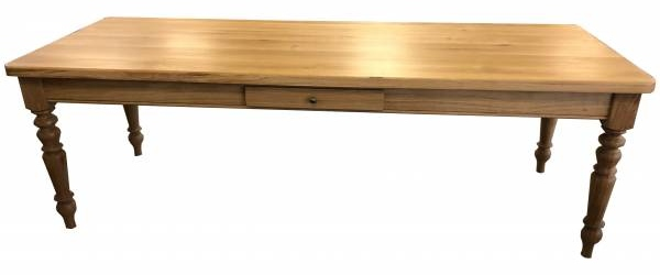 esstisch-sven-aus-massivholz-eiche-geoelt
