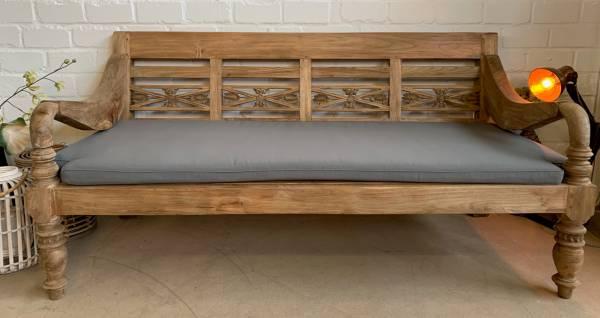 lounge-bank-kornblume-4-sitzer-aus-recyceltem-teakholz-mit-auflage