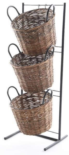 gartengestell-mit-weidenkoerben