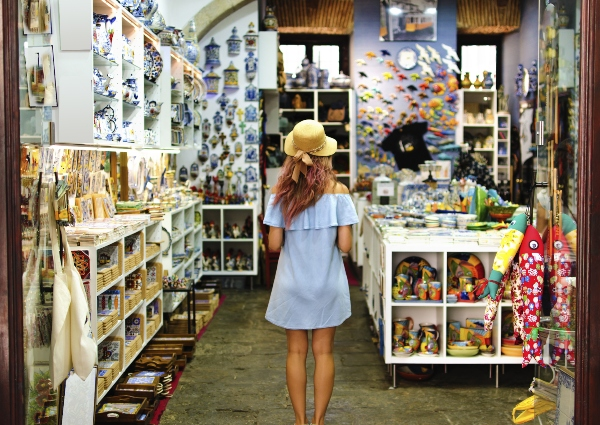 souvenir-shop-souvenirs-aufbewahren