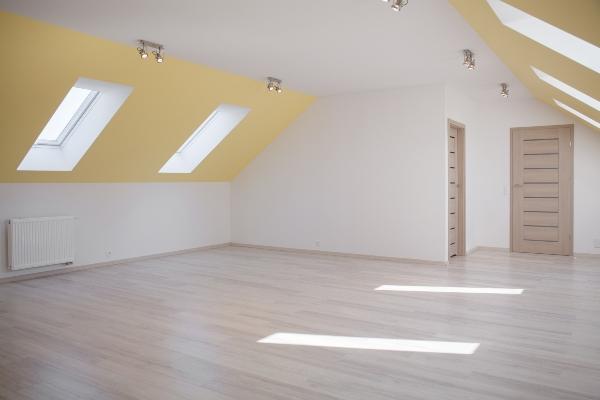 dachgeschoss-farben-wohnung-im-dachgeschoss-einrichten