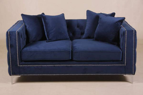 sofa-nala-aus-samtstoff-blau-2-sitzer-mit-kissen