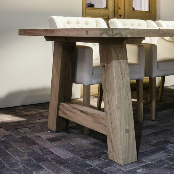 esstisch-ruegen-altes-eichenholz-40mm