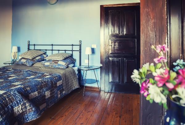 schlafzimmer-italienischer-landhausstil-modern-oder-klassisch