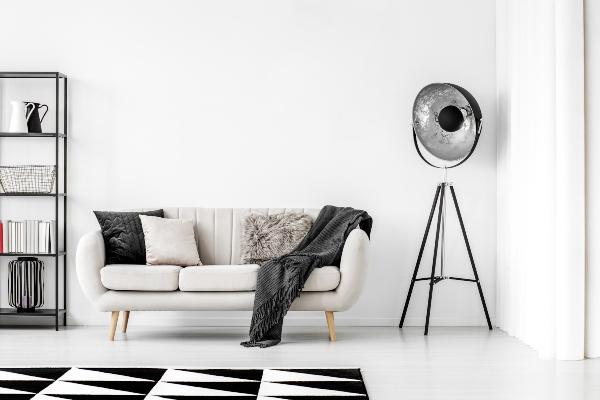 wohnzimmer-einrichtung-schwarz-weiss