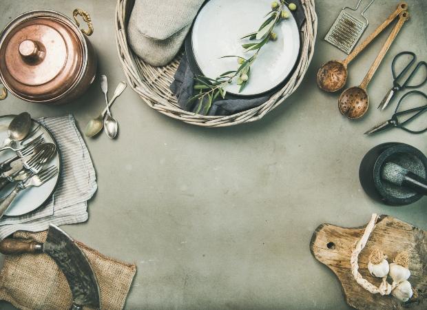 Küchen-Utensilien im Vintage-Stil