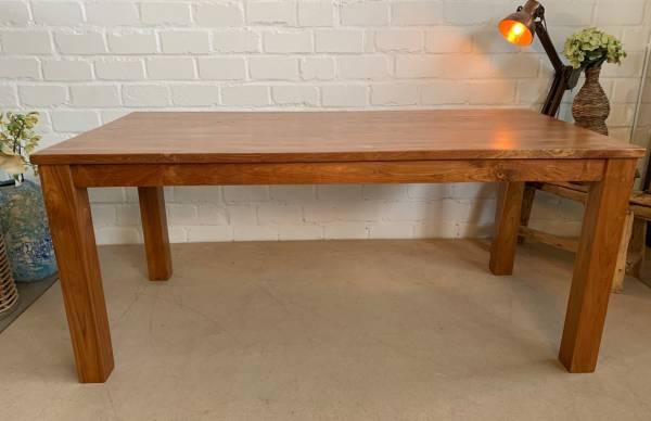 esstisch-teak-180-cm-lackiert-tipps-zur-holzpflege