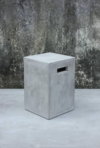 blumensaeule-zement-aus-leichtbeton-38-cm Leichtbeton-Möbel