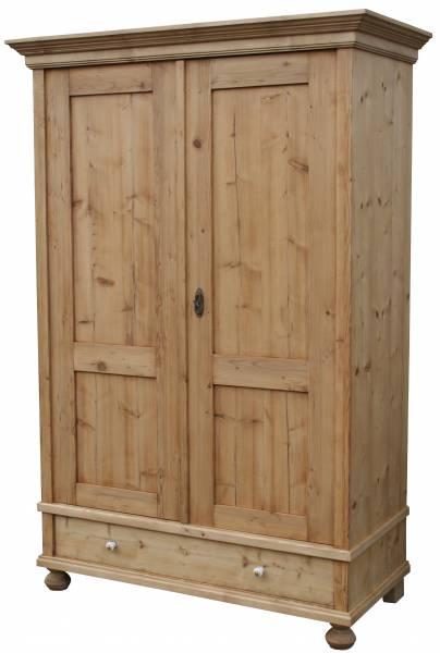 kleiderschrank-ravenna-aus-massivem-weichholz Antike Kleiderschränke