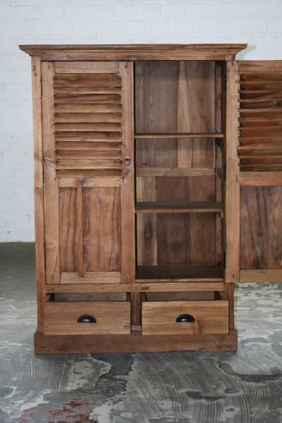 vertiko-schrank-teak-massivholz-teakmoebel Antike Massivholzschränke