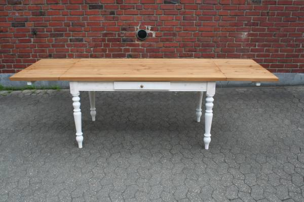 Gründerzeit Tisch Massivholz 160/260 cm - erweiterbar