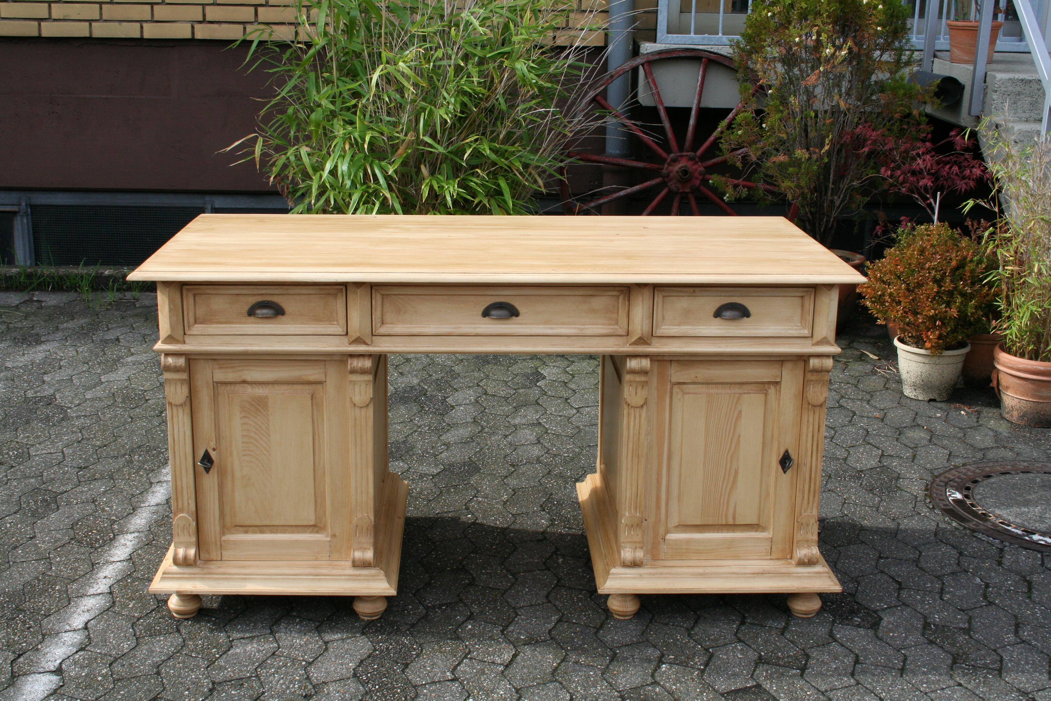 weichholzm bel schreibtisch tisch massivholz antik tische partnerdesk. Black Bedroom Furniture Sets. Home Design Ideas