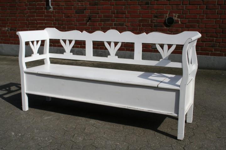 truhenbank tulpe bank wei antik m bel wohnpalast m bel. Black Bedroom Furniture Sets. Home Design Ideas