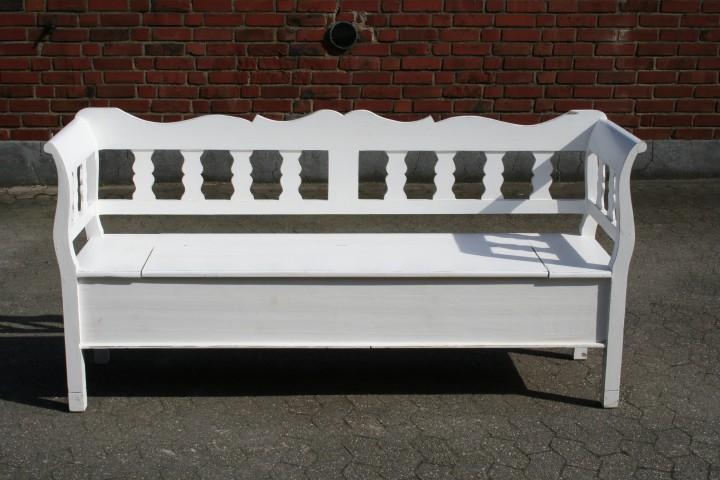 truhenbank bank wei antik m bel wohnpalast m bel. Black Bedroom Furniture Sets. Home Design Ideas