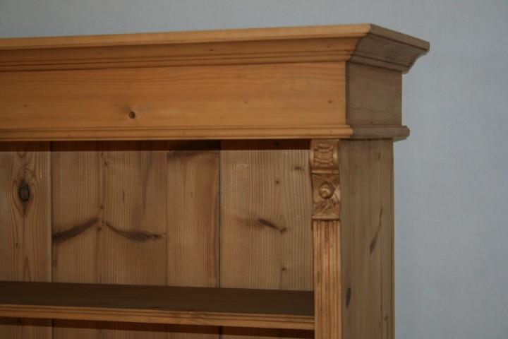 massivholz regal mit t ren m bel wohnpalast m bel. Black Bedroom Furniture Sets. Home Design Ideas
