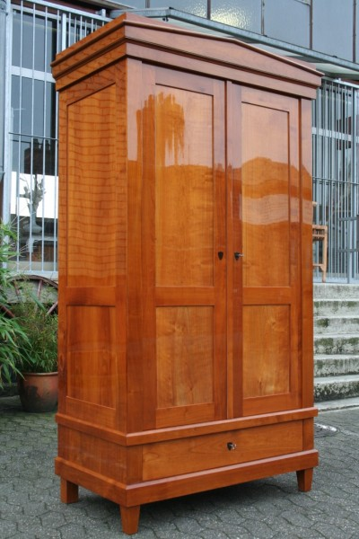biedermeier kirschholz schrank m bel wohnpalast m bel. Black Bedroom Furniture Sets. Home Design Ideas
