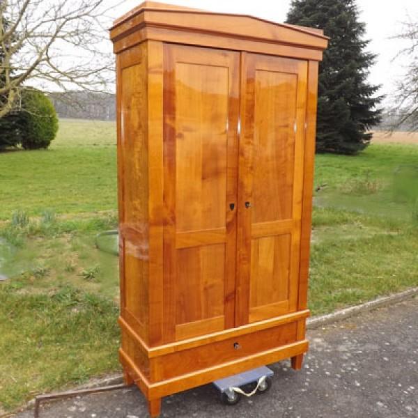dielenschrank kirschbaum m bel wohnpalast m bel. Black Bedroom Furniture Sets. Home Design Ideas